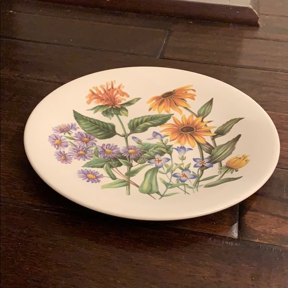 Wildflowers of the United States set of 4 Avon plates